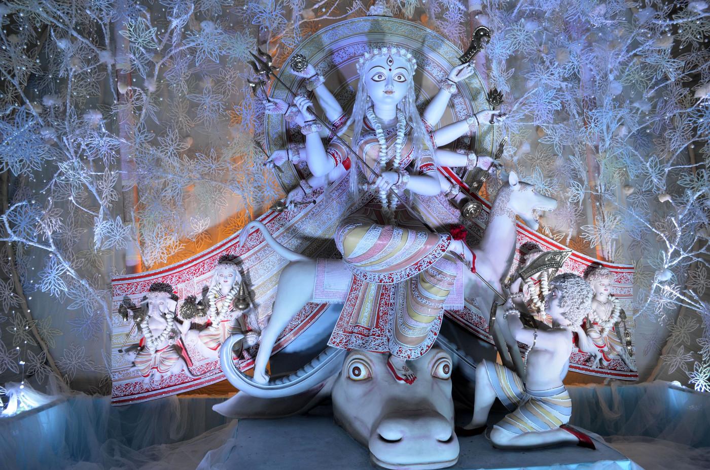 Devi Durga, heavenly, Kolkata Durga Puja 2015